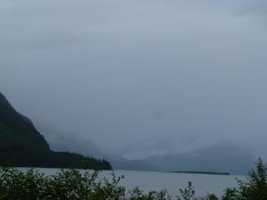 nebel - und wolkenverhangen