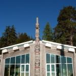 Totempfahl vor dem Museum