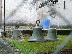 Glocken der Kirche von Tepotzlan