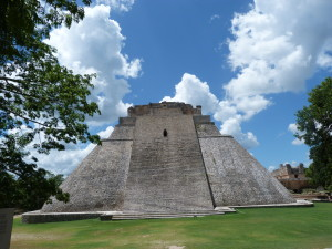 Uxmal - Tempel des Wahrsagers