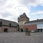 Zons - Burghof von Burg Friedensstrom
